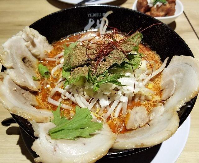 京都駅近く、濃厚担々麺の専門店「担担麺 胡(えびす)」