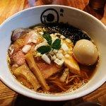【京都ラーメン】四条河原町に移転オープン☆淡麗スープ煮干しそば絶品「麵処虵の目屋」