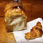 【京都パン】女性店主の焼き上げる薪窯パン☆もっちり山食パン「ボン・ボランテ」