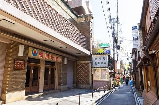 http://www.kamogawa-odori.com/ (62693)