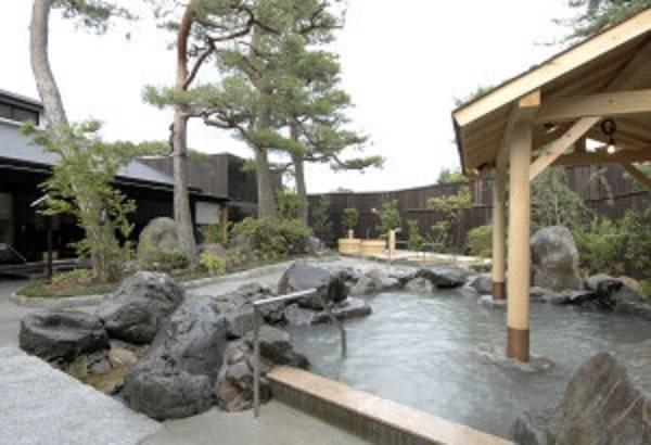 松の湯 全景