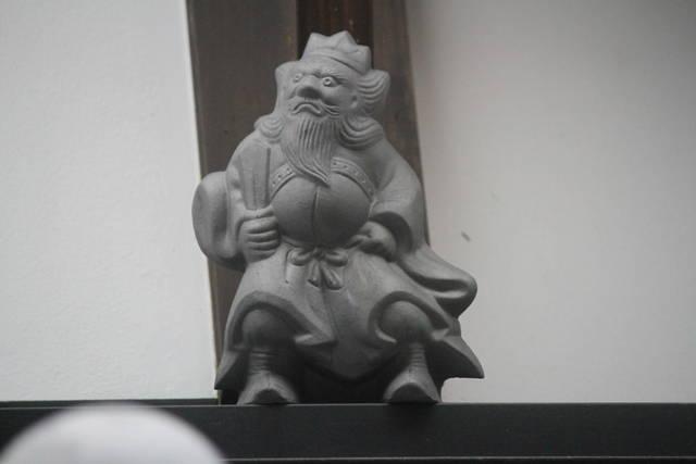 伝統の技術で生み出される鍾馗さん