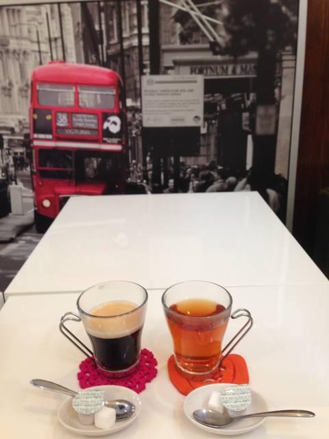 コーヒー&紅茶(各350)(セット割引−50円)