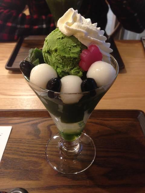 抹茶パフェ ¥1080