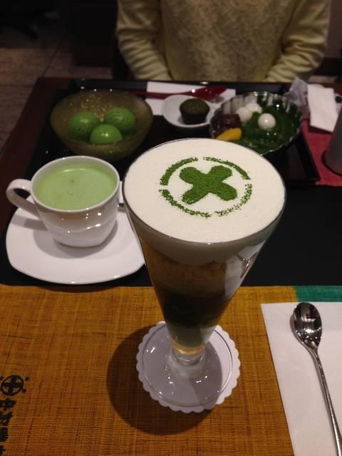 まるとパフェ(抹茶)¥1,001