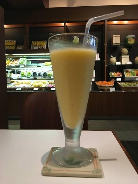 フレッシュフルーツジュース(¥756税込)