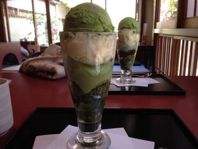 抹茶ババロアパフェ(¥1450)