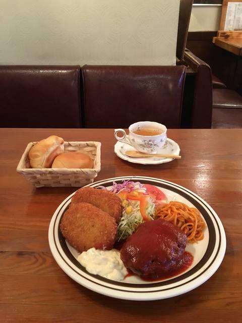 ハンバーグとコロッケ ¥1100