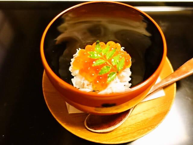 <蟹といくらのお寿司>