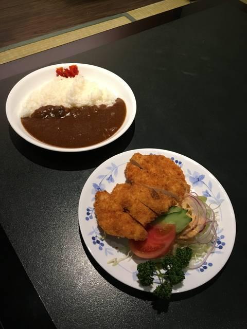 チキンカツカレー ¥950