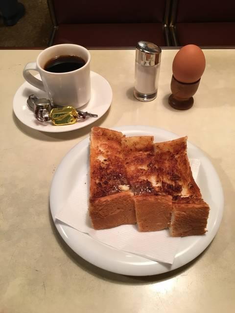 トーストモーニング ¥450