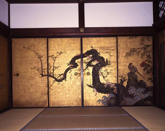 妙心寺 天球院 「梅に遊禽図」
