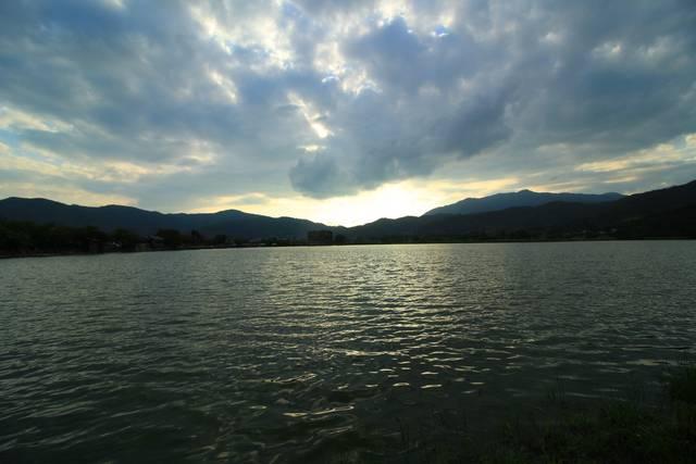 広沢池(ひろさわのいけ)