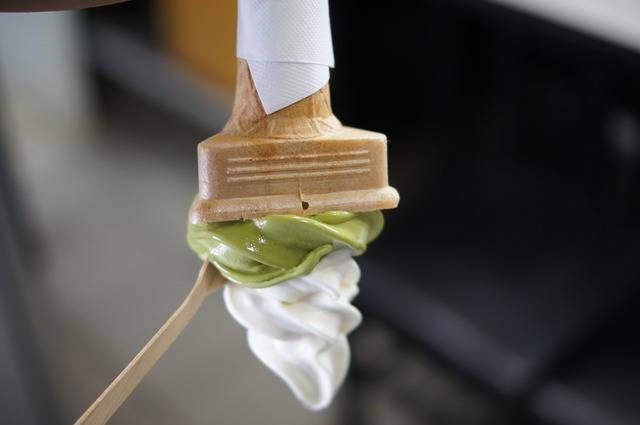 2種ダブル豆腐ソフトクリーム350円